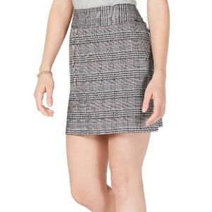Maison Jules Plaid Mini Skirt Black White Large